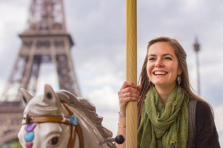Французский стиль в одежде девушек и женщин